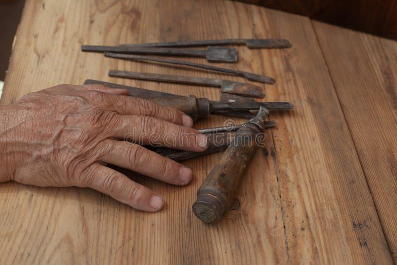 Stary narzędzie w stary wyga fotografia royalty free