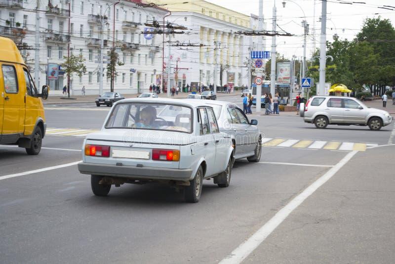 Stary niemiecki samochód na ulicie Vitebsck miasto, Białoruś zdjęcie royalty free