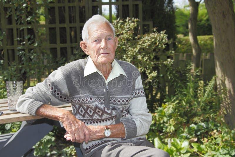 stary ogrodowy mężczyzna obrazy stock