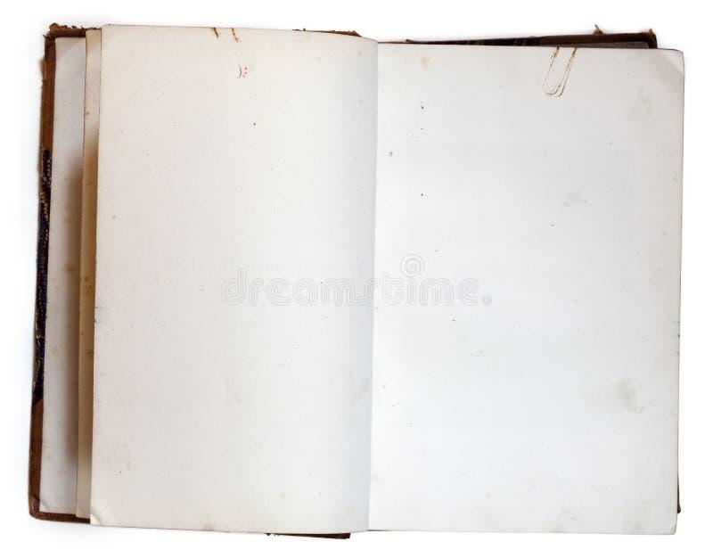 Stary otwiera książkę z pustymi stronami obrazy royalty free