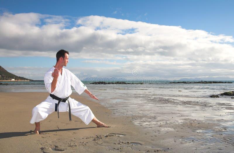 stary poćwiczyć karate. fotografia royalty free