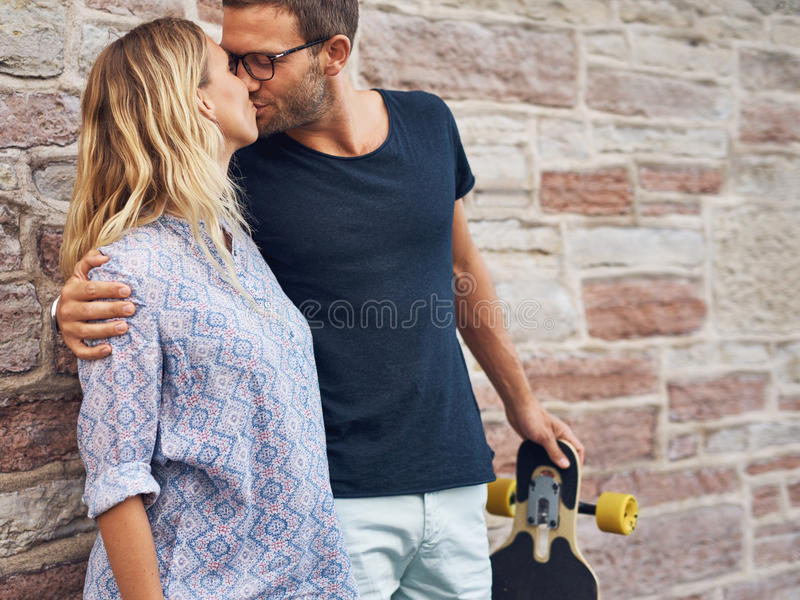 stary pocałować kobietę obraz royalty free