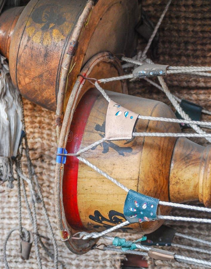 Stary przewodzący bęben z wąską talią obrazy royalty free