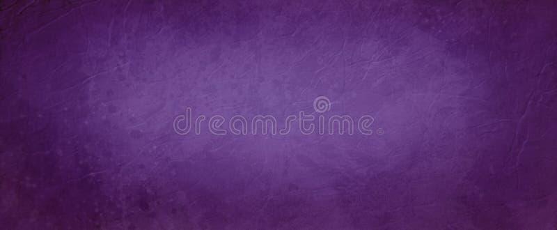 Stary purpurowy tło z zmrok granicą, abstrakcjonistyczny rocznika tło z marszczącą skórą i grunge stylowa tekstura, zdjęcia royalty free