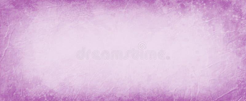 Stary purpurowy tło z zmrok granicą, abstrakcjonistyczny rocznika tło z marszczącym rabatowym projektem i grunge stylowa tekstura obrazy stock