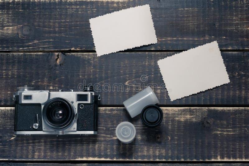 Stary rangefinder rocznik i retro fotografii kamera z rocznika koloru skutkiem obrazy royalty free