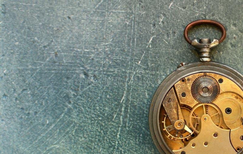 Stary rocznik ogląda mechanizm Zegarka remontowy warsztatowy tło zdjęcie stock