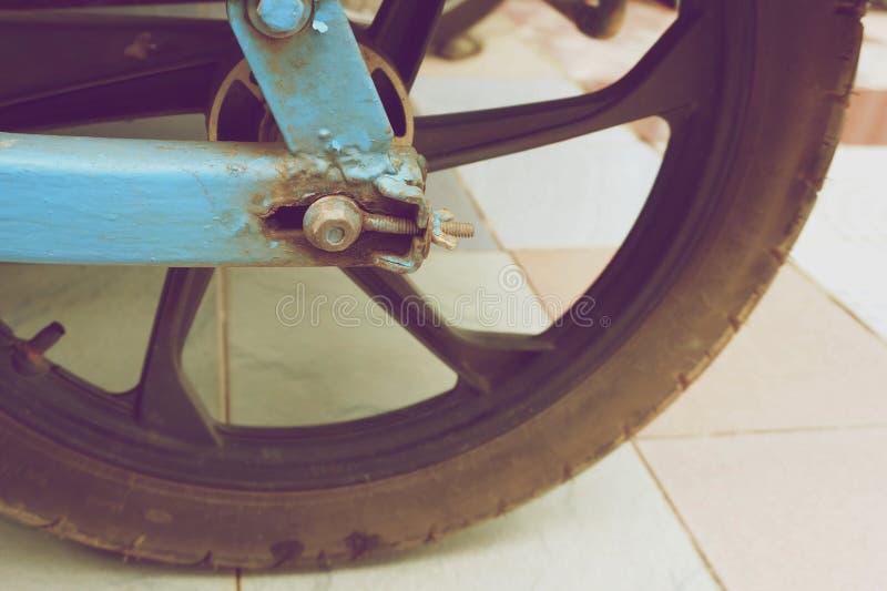 Stary rygiel i koło motocykl przyczepy rocznik projektujemy fotografia stock