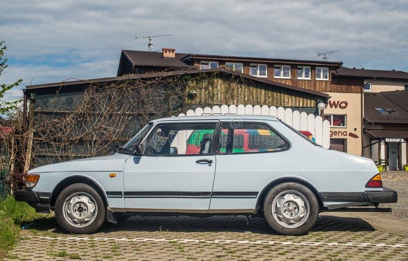 Stary Saab 90 parkujący obraz royalty free