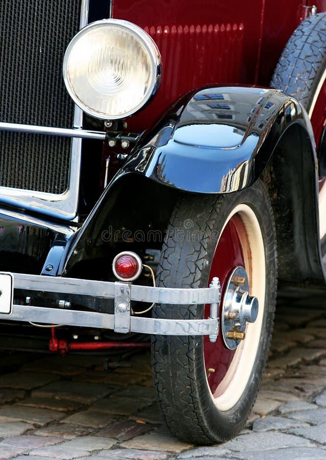 Download Stary samochód obraz stock. Obraz złożonej z przód, szczegółowy - 144445