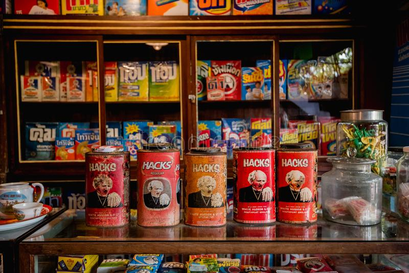 stary sklepu i rocznika produkt przy Bangkok TAJLANDIA 26 Październik 201 fotografia stock