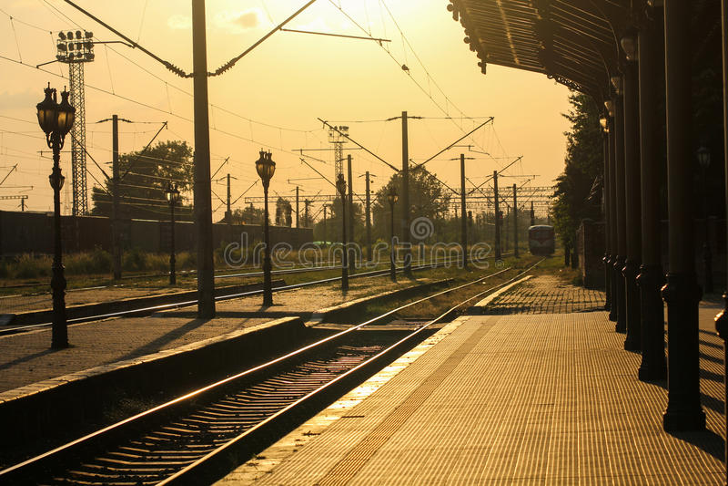 stary stacji pociągu obrazy stock