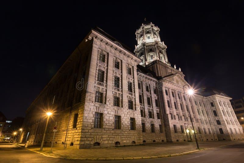 Download Stary Stadthaus Budynek W Berlin Germany Przy Nocą Obraz Stock - Obraz złożonej z niebo, berlin: 57662699