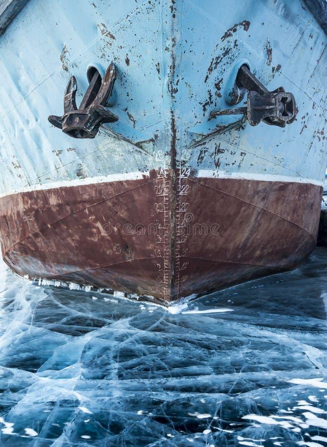 Stary statek blokujący w lodzie zdjęcie stock
