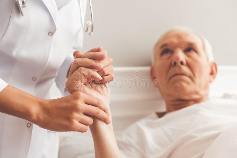 stary szpitalny mężczyzna zdjęcie stock