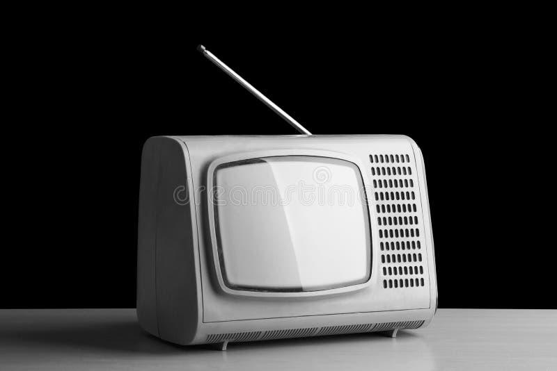 Download Stary telewizor od past zdjęcie stock. Obraz złożonej z retro - 106901746