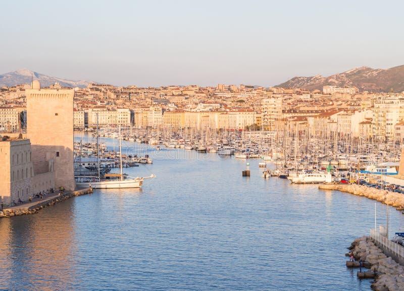 Stary Vieux port Marseille, Francja, przy zmierzchem obrazy stock