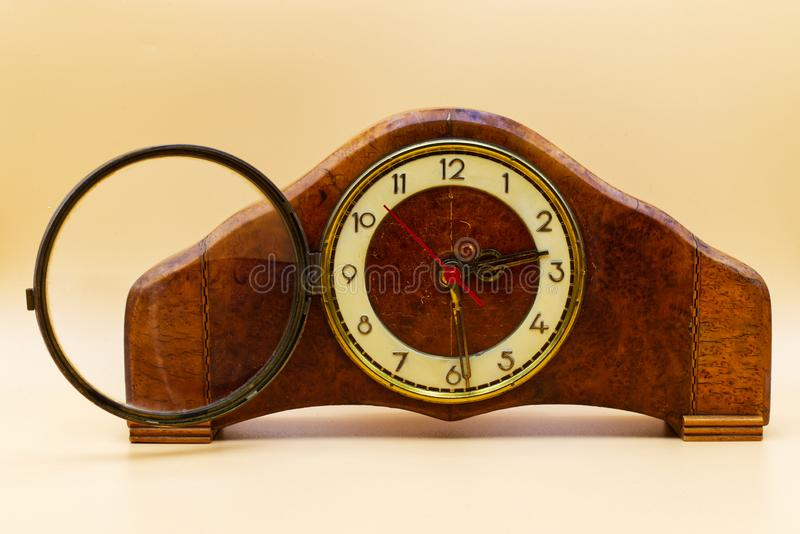 Stary włoski zegar drewniany Zegar klasyczny zdjęcie stock
