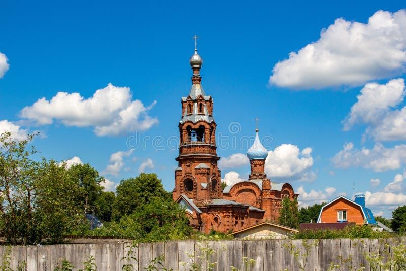 Stary wierzącego kościół prezentacja Błogosławiony maryja dziewica w kościół Borovsk, Rosja obraz stock