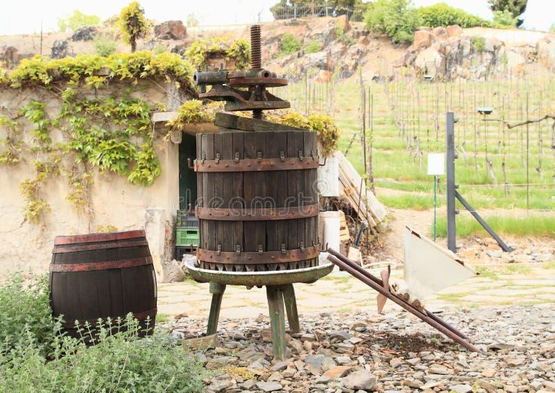 Stary winepress zdjęcia stock
