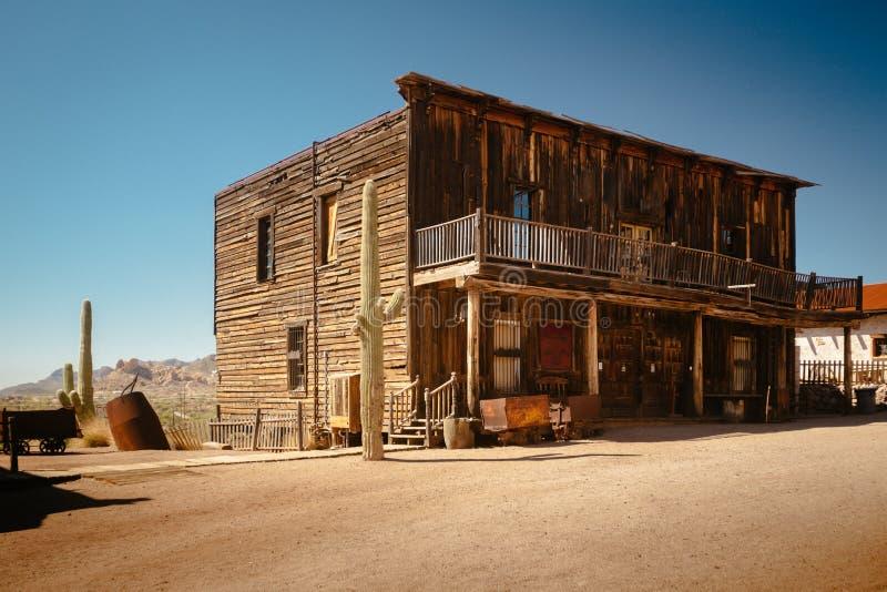Stary Zachodni Drewniany garaż w St Elmo kopalni złotej miasto widmo w Kolorado obrazy royalty free