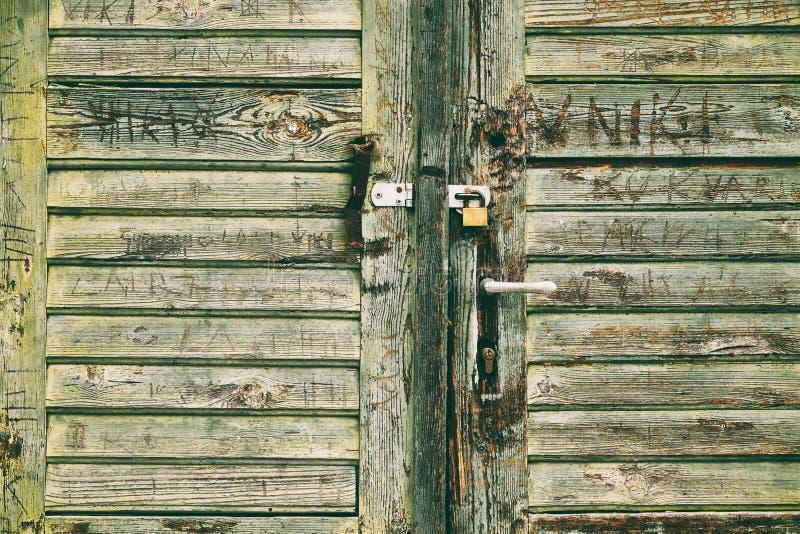 Stary zamknięty drzwi zdjęcie stock