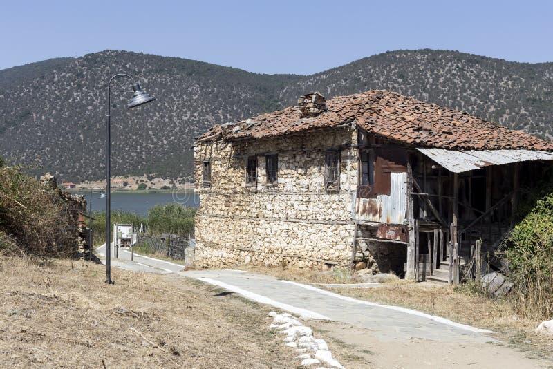 Stary, zaniechany kamienia dom, obrazy royalty free