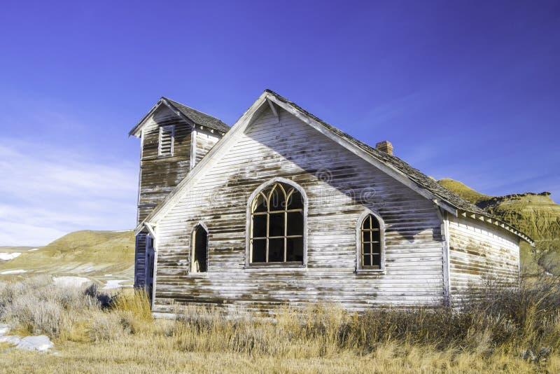 Stary zaniechany kraju kościół w Dorothy, Alberta, Kanada zdjęcia royalty free