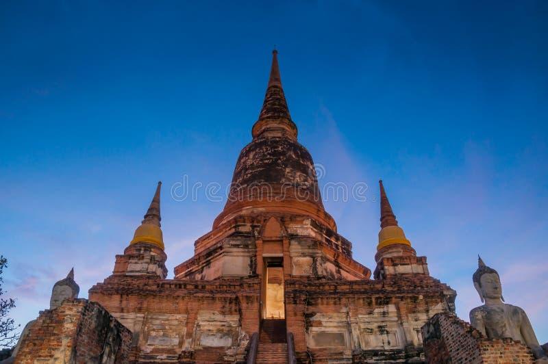 Starzejąca się archeologiczna Buddha statua AYUTTHAYA Tajlandia i miejsce fotografia royalty free