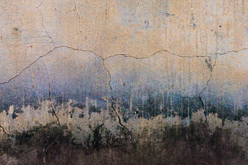 Starzejąca się grunge abstrakta betonu tekstura z wklęśnięciami obraz stock