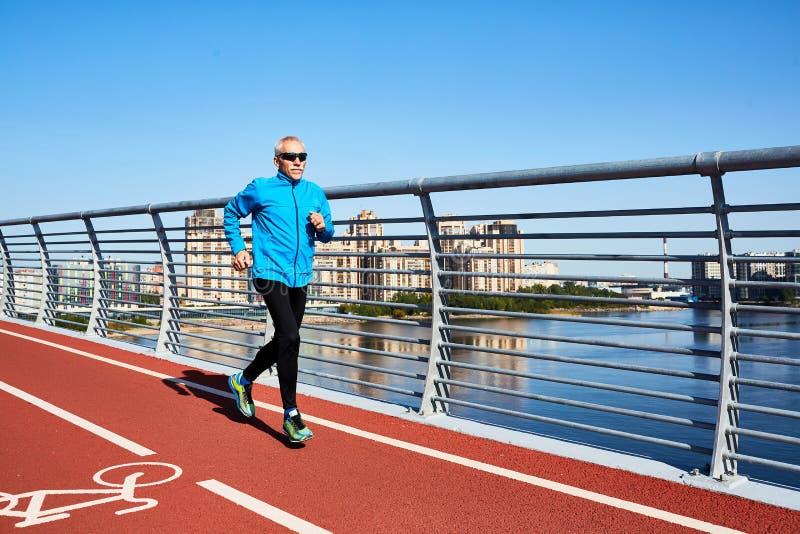 Starzejący się biegacz Ma trening fotografia royalty free