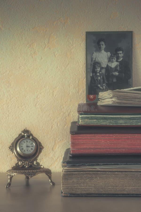 Starzy albumy dla fotografii zdjęcie stock