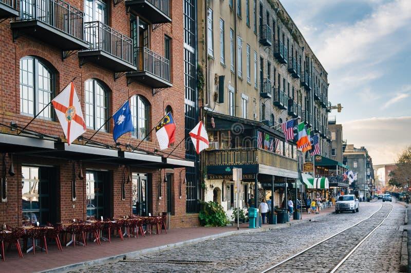 Starzy budynki i Rzeczna ulica w sawannie, Gruzja zdjęcie royalty free