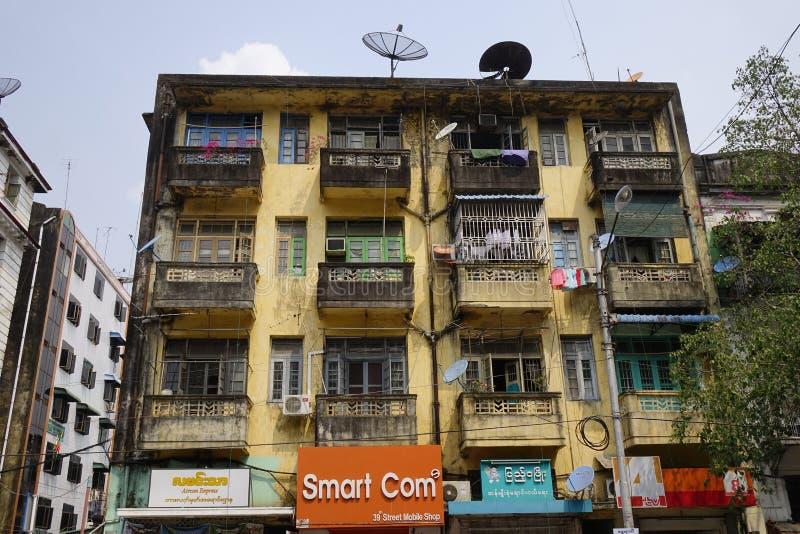 Starzy budynki w Mandalay, Myanmar zdjęcia royalty free