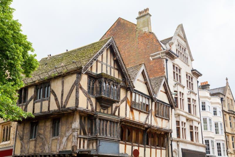 Download Starzy Budynki W Oxford England Zdjęcie Stock - Obraz złożonej z horyzontalny, obramiający: 53784946