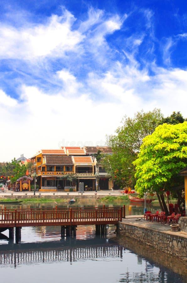Starzy domy i Thu bonu rzeka, Hoi, Wietnam fotografia stock