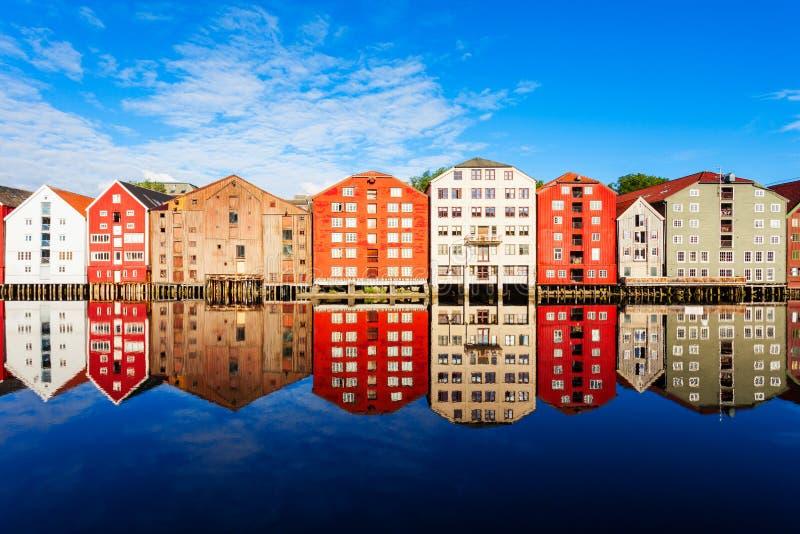 Starzy domy w Trondheim zdjęcie stock