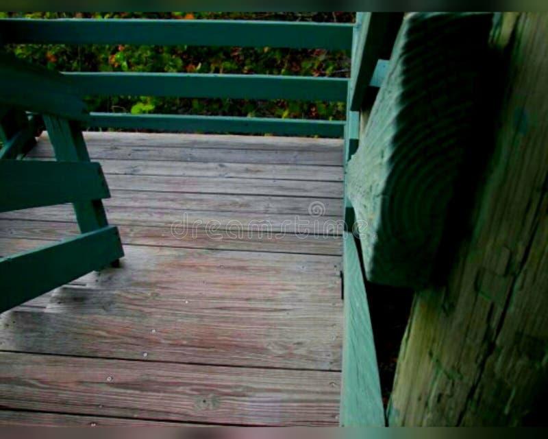 Starzy drewniani schodki obrazy royalty free