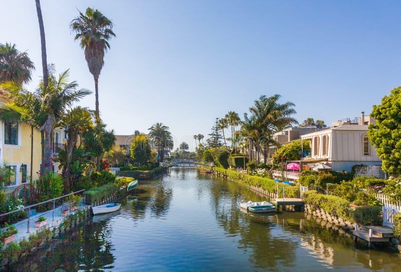 starzy kanały Wenecja, budowa opatem Kinney w Kalifornia, piękny żywy teren z łodziami i mieszkaniowymi domami zdjęcia stock