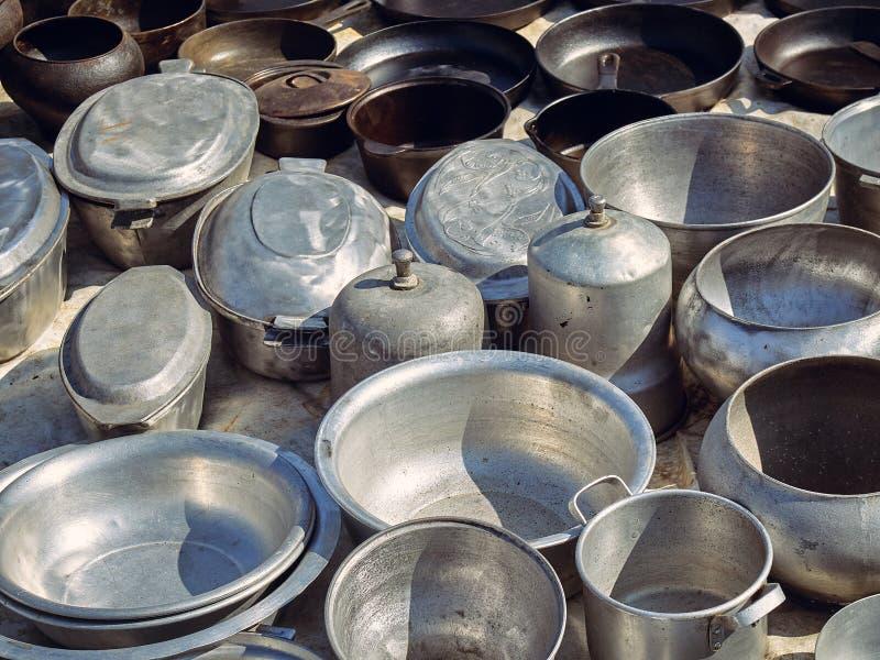Starzy kuchenni metali naczynia zdjęcia royalty free