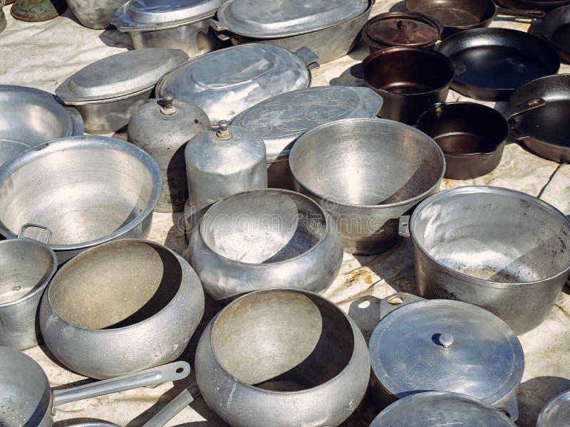 Starzy kuchenni metali naczynia obraz stock