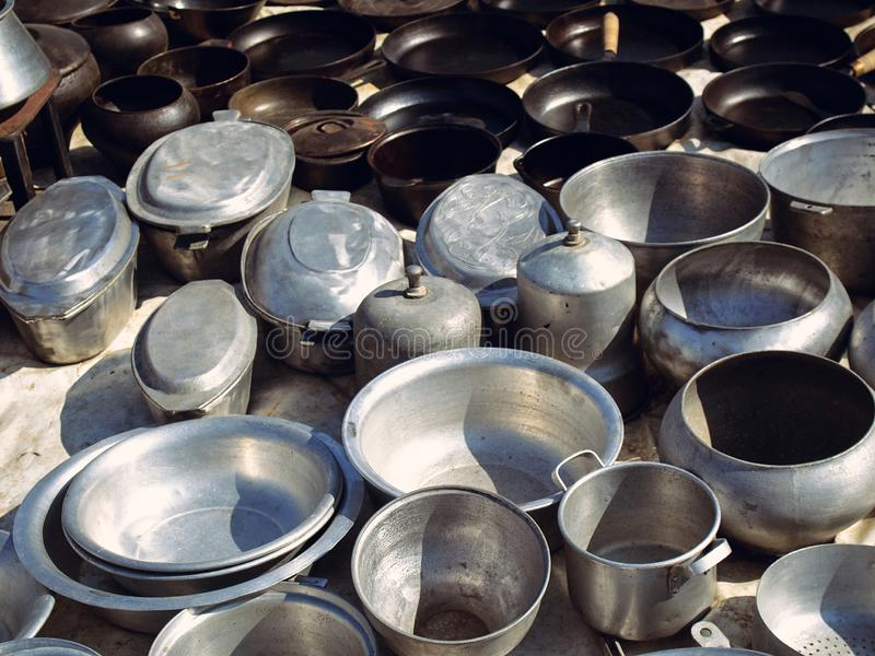 Starzy kuchenni metali naczynia obrazy royalty free