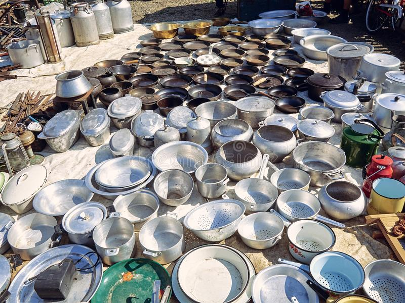 Starzy kuchenni metali naczynia obrazy stock