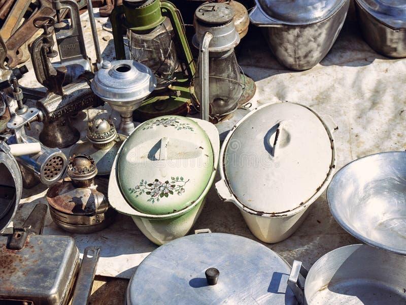 Starzy kuchenni metali naczynia fotografia stock