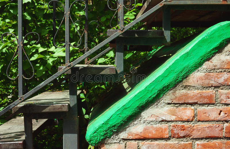 Starzy metali schody zdjęcie royalty free