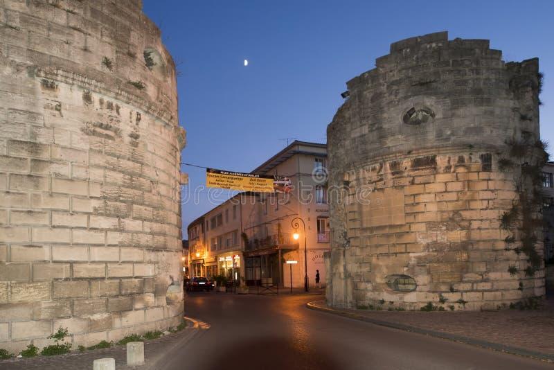 Starzy miast ramparts, Arles, Francja obraz royalty free