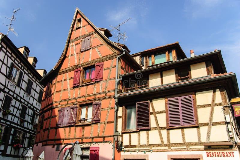 Starzy osobliwie tenement domy, Strasburg, Francja fotografia stock