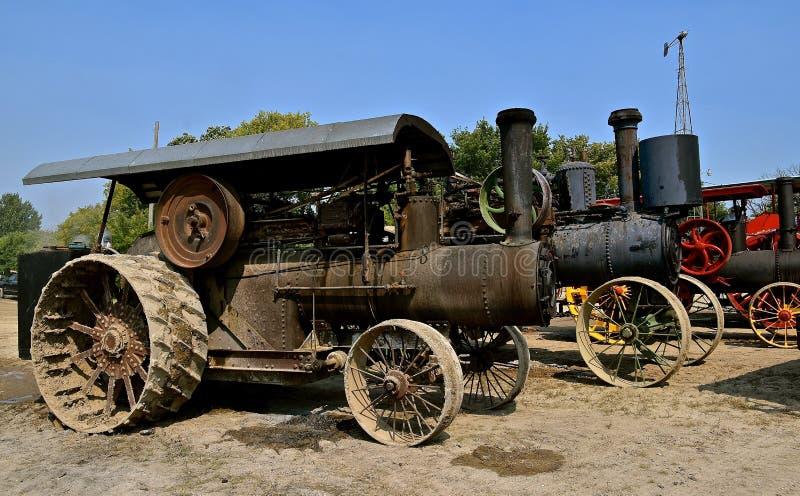 Starzy parowi silniki przy ciągnikowym przedstawieniem obrazy royalty free