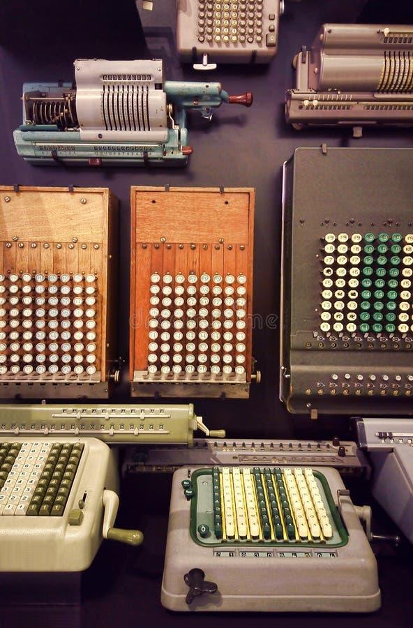 Starzy przemysłowi kalkulatorzy zdjęcia royalty free