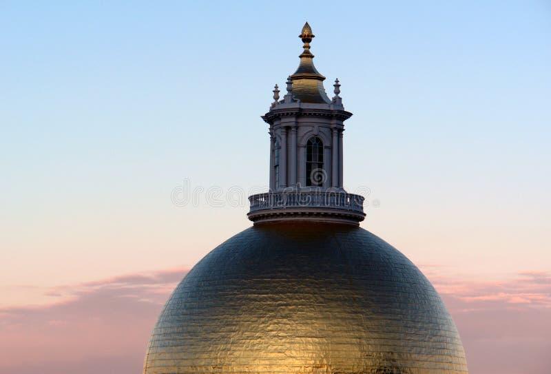 statehouse massachusetts купола стоковая фотография